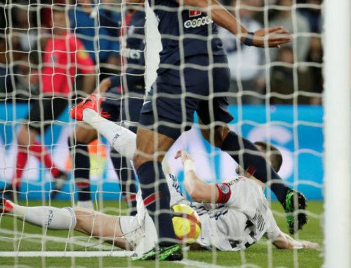 Osannolik miss av Choupo-Moting när PSG skulle säkra ligatiteln
